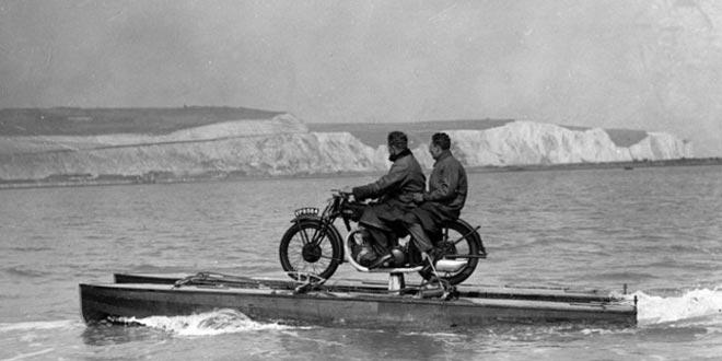 bote-motorizado-antiguo