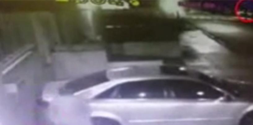 [Video] Robando justo frente a la Guardia Presidencial (Solo en RD)